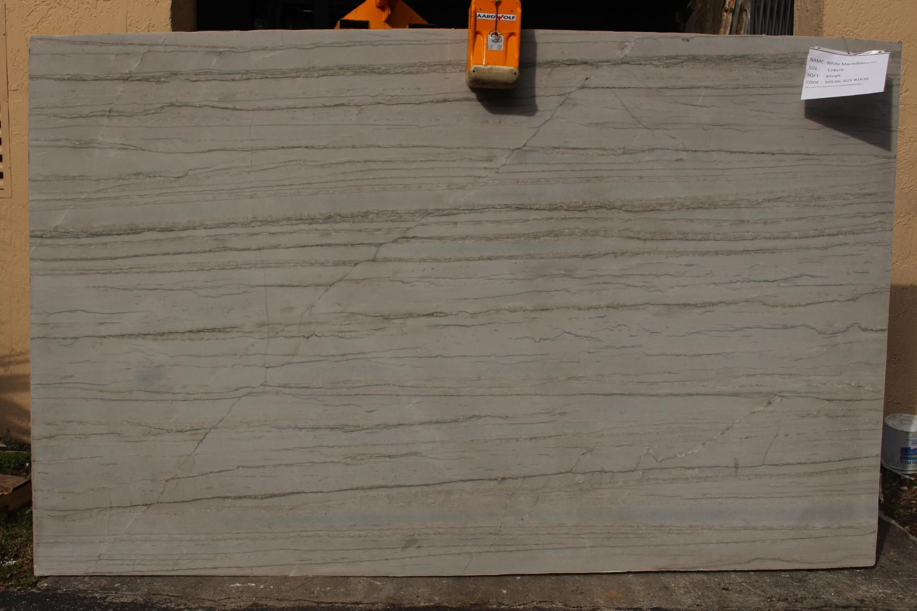 White Macaubas-Quartzite- VOL88