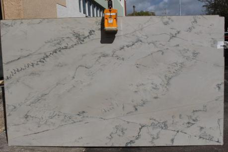 Calacatta-Quartzite.VOL117